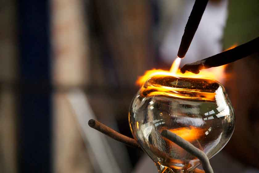 Glass blowing in Tonala
